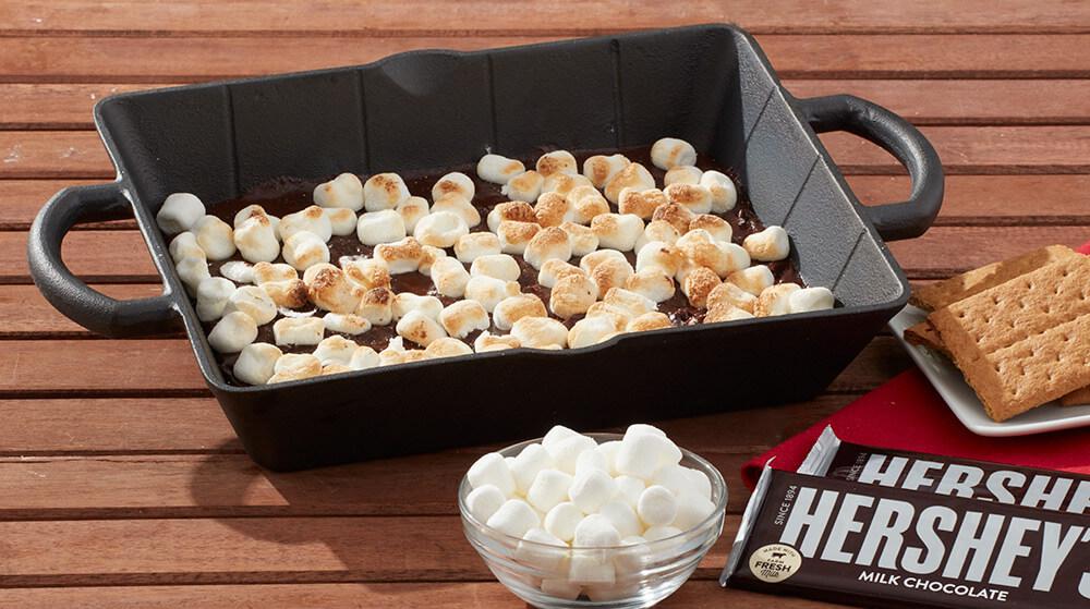 HERSHEY'S S'mores Dessert Pan