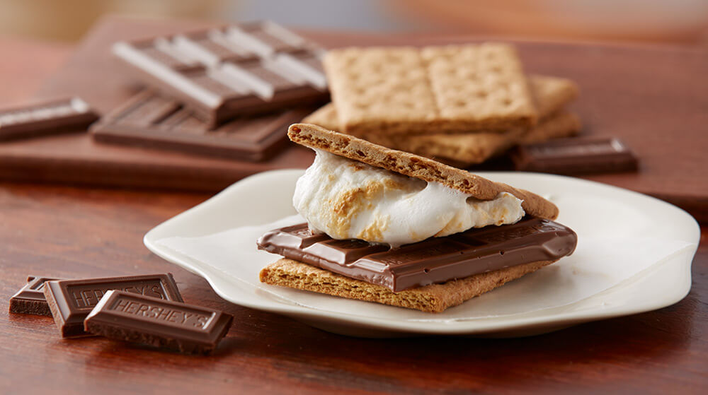 HERSHEY'S S'mores on a plate